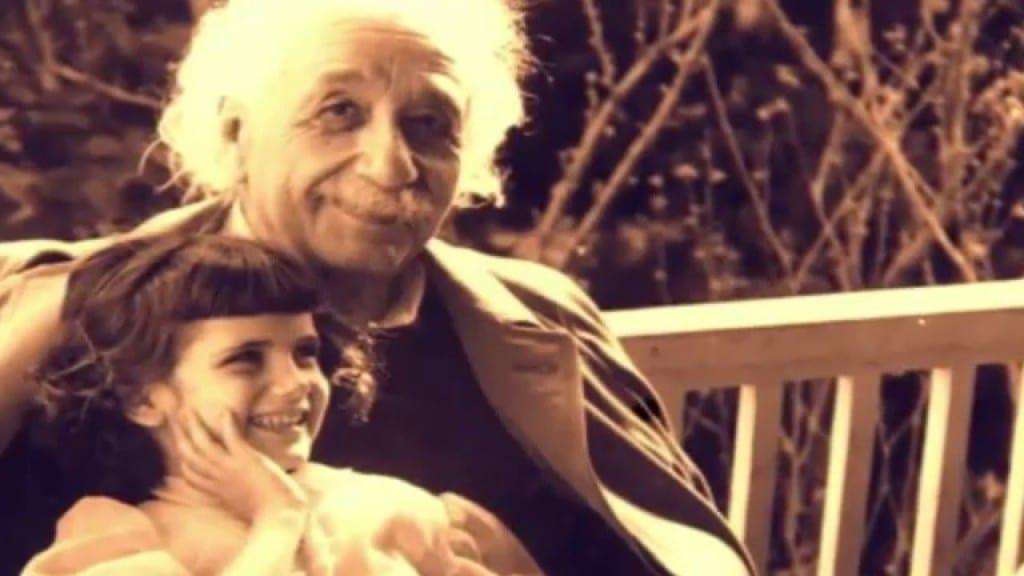 Einstein: la fuerza más poderosa del universo es el amor